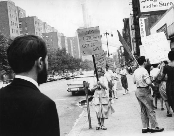 guns-of-the-trees-1962-001-street-demo